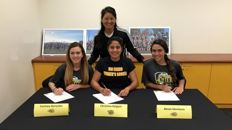 Women's Soccer players Holguin, Gonzalez, and Marinero sign National Letter Of Intent