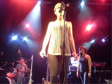 Pomplamoose gives the El Rey an amazing show