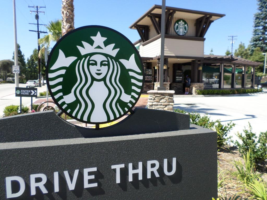 Starbucks drive thru in Whittier with no indoor seating.  (photo by Armand Santos)