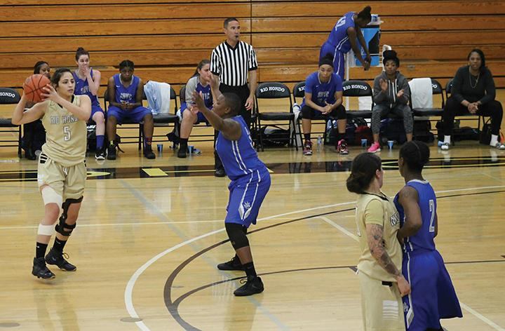 Sophomore Bianca Garcia #5 getting ready to pass the ball.