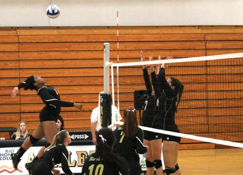 Rio Hondo women's volleyball team gets win at L.A. Harbor, 3-1
