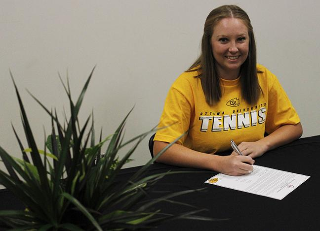 Robbins will finish her studies at Rio Hondo and will play tennis at Ottawa University in Fall 2017.