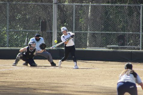 Lady Roadrunners softball team suffer tough 19- 5 loss to El Camino College