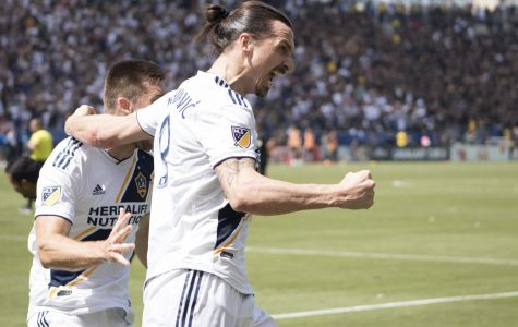 Galaxy Win First El Trafico Derby
