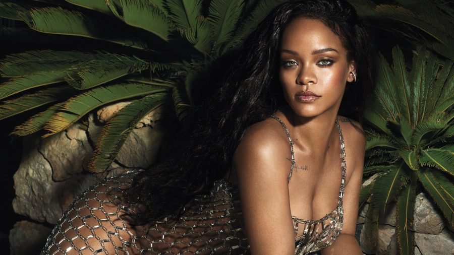 Rihanna+Covers+June+Issue+of+VOGUE