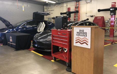 First Group of Tesla START Program Students Graduate From Rio Hondo