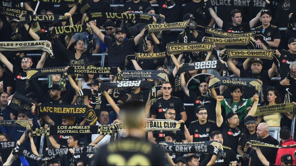 It was Banc of California Stadium's first midweek match, yet the stadium's atmosphere remained top notch. Photo cred: onefootball.com