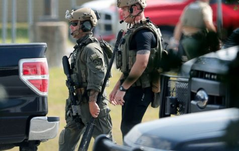 At least 8 dead in shooting at Santa Fe High School in Texas: Sheriff / ABC News