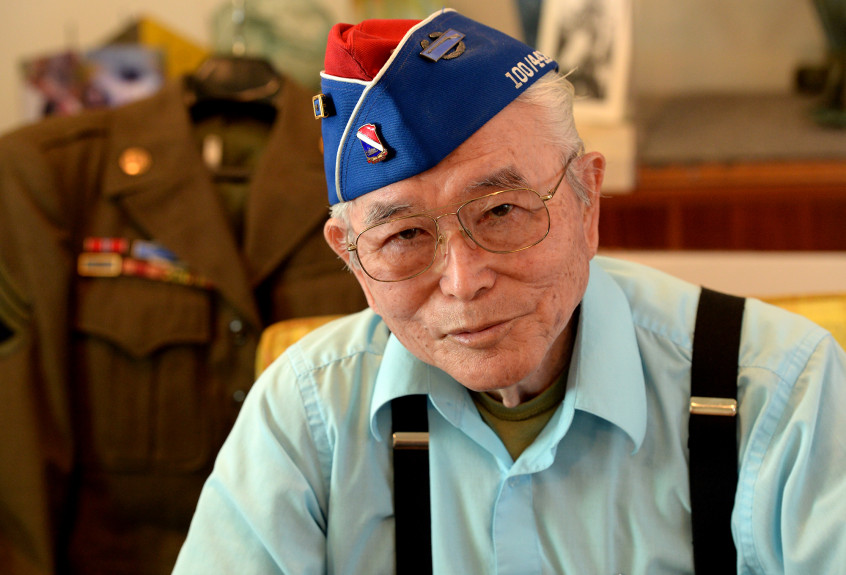 Yoshio+Nakamura%2C+who+is+one+of+the+last+survivors+of+the+famous+all-Japanese-American+442nd+Army+combat+team+that+fought+in+World+War+II%2C+tells+of+his+service+at+his+home+in+Whittier+on+Monday+June+18%2C+2018.+%28Photo+by+Keith+Durflinger+for+SCNG%29