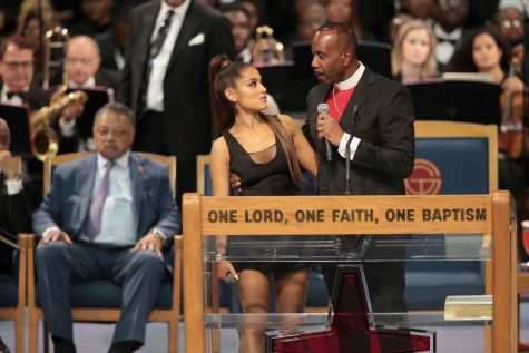 Bishop from Aretha Franklin's Funeral Apologizes to Ariana Grande for Touching Her Inappropriately