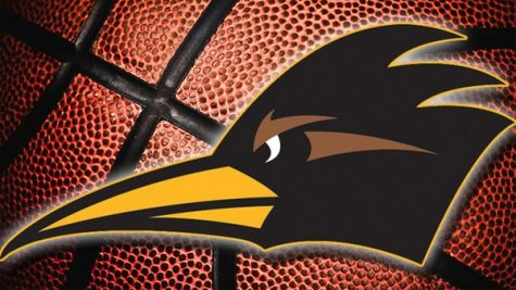 Women's Basketball: Roadrunners Hang on for Win Against Pasadena