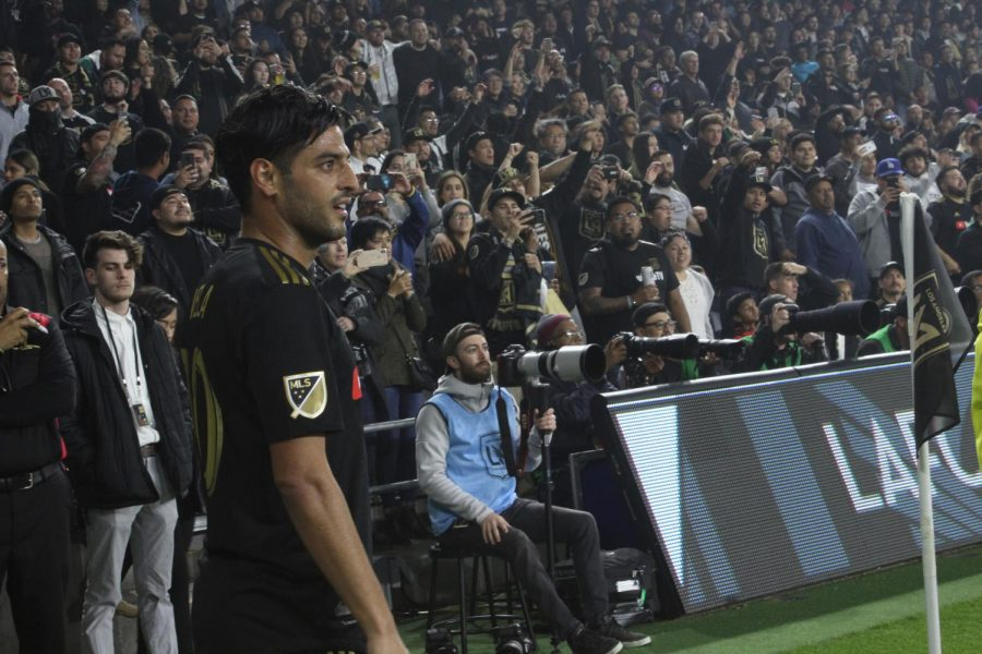 Los+Angeles+Football+Club+captain+Carlos+Vela+lines+up+for+a+corner+kick+during+the+first+half+against+Real+Salt+Lake+Saturday%2C+March+23+at+Banc+of+California+Stadium.+Photo+credit%3A+Ignacio+Cervantes+%2F+El+Paisano+News